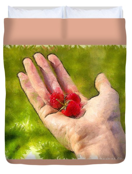 Hand And Raspberries - Pa Duvet Cover