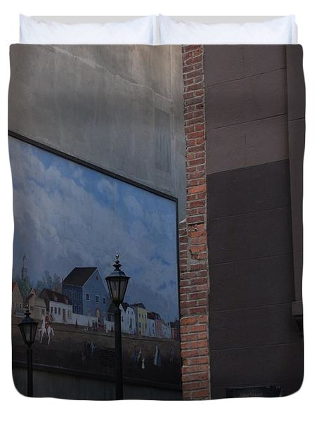 Hanging Art In N Y C Duvet Cover by Rob Hans