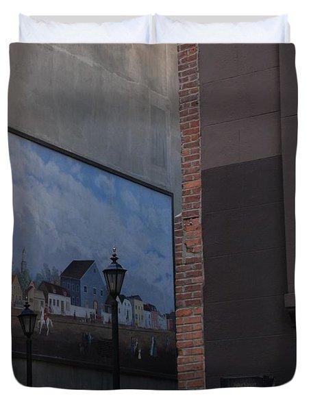 Hanging Art In N Y C  Duvet Cover by Rob Hans