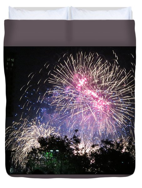 Duvet Cover featuring the photograph Happy Birthday America by Robin Regan