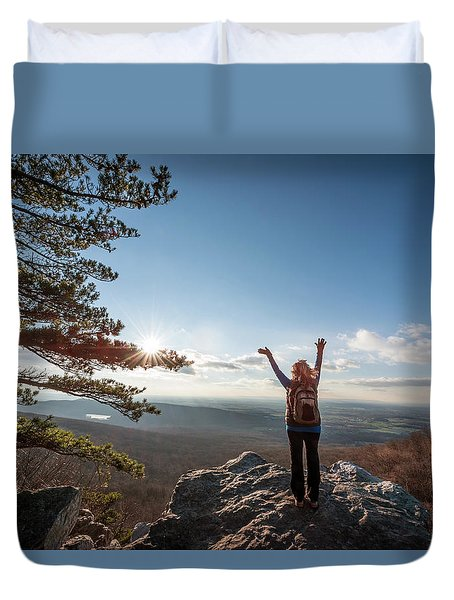 Happy Female Hiker At The Summit Of An Appalachian Mountain Duvet Cover