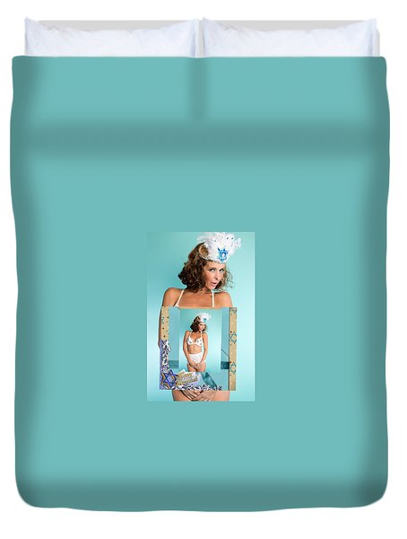 Duvet Cover featuring the photograph Beautiful Jewish Women by Lisa Piper
