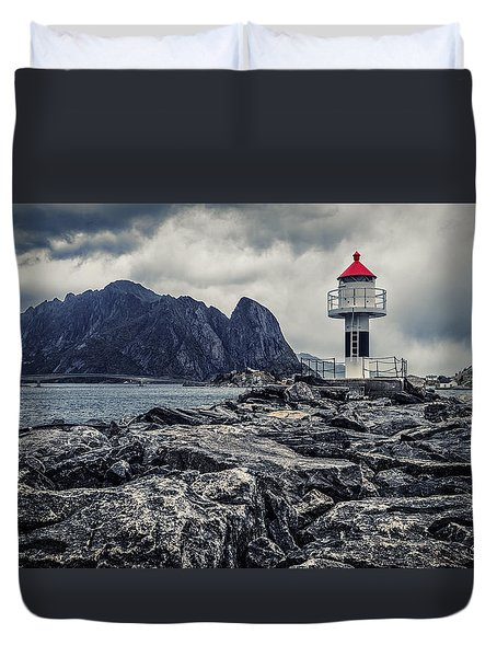 Duvet Cover featuring the photograph Harbour Lighthouse by James Billings