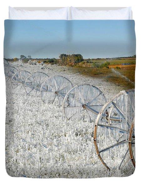 Hard Land Farming Duvet Cover by David Lee Thompson