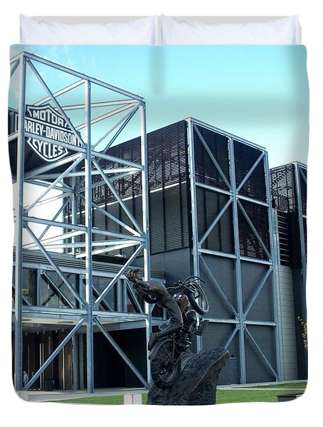 Harley Museum And Statue Duvet Cover