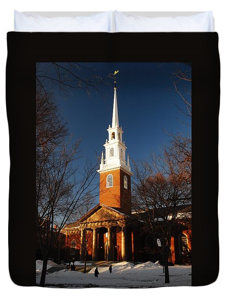 Duvet Cover featuring the photograph Harvard Memorial Chapel by James Kirkikis