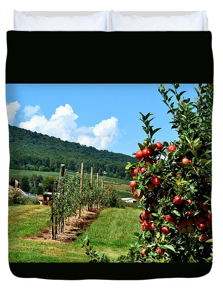 Harvest Time In The Catoctin Mountains Duvet Cover