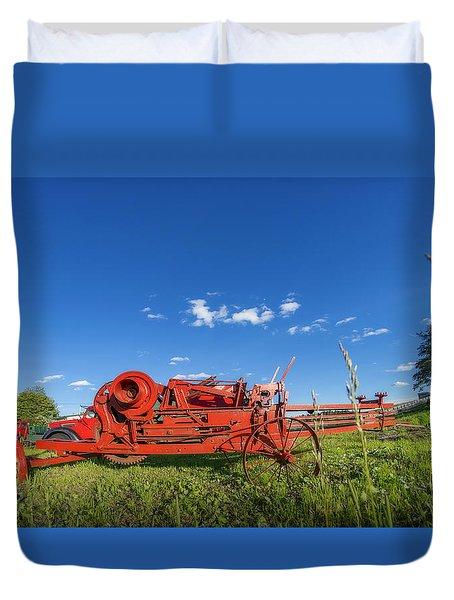 Hatfiled Farm Duvet Cover by Ken Morris