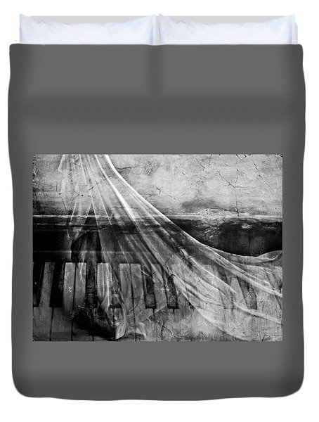 Duvet Cover featuring the photograph Haunted Piano by Linda Sannuti