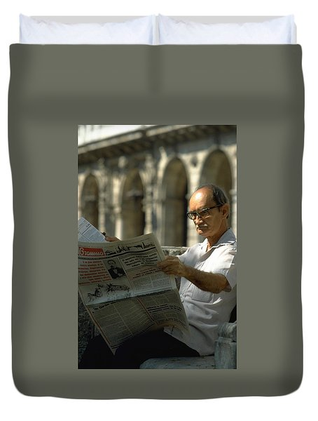 Duvet Cover featuring the photograph Havana by Travel Pics