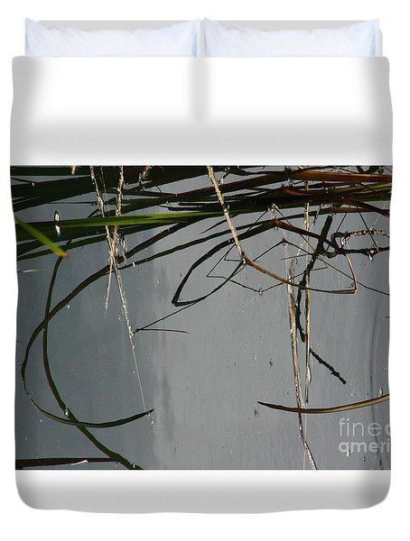 Duvet Cover featuring the photograph Have A Great Day by Brian Boyle