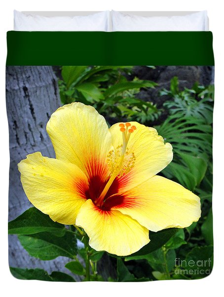 Hawaiian Hibiscus Duvet Cover by Sue Melvin