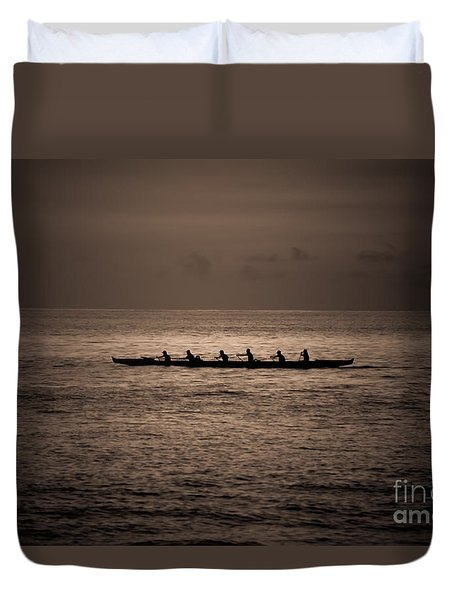 Duvet Cover featuring the photograph Hawaiian Outrigger by Kelly Wade