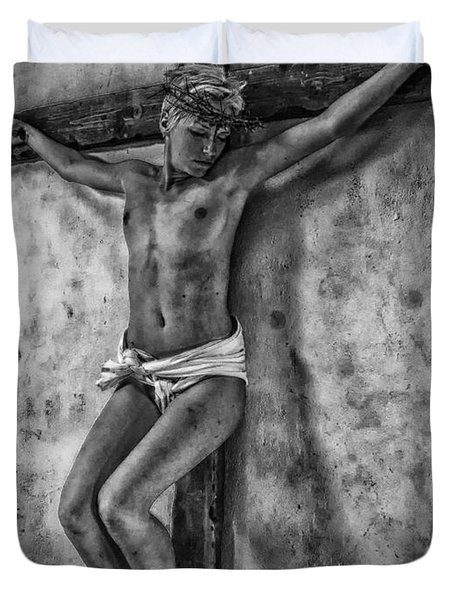 Hdr Crucifix In Black And White Duvet Cover