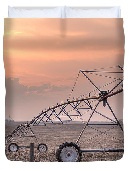 Hdr Sunset With Pivot Duvet Cover