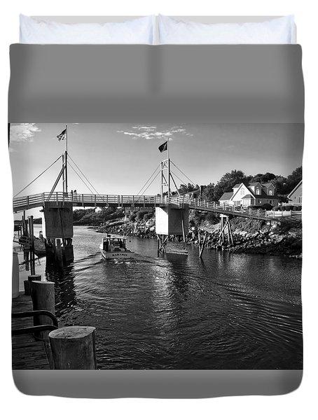 Heading To Sea - Perkins Cove - Maine Duvet Cover