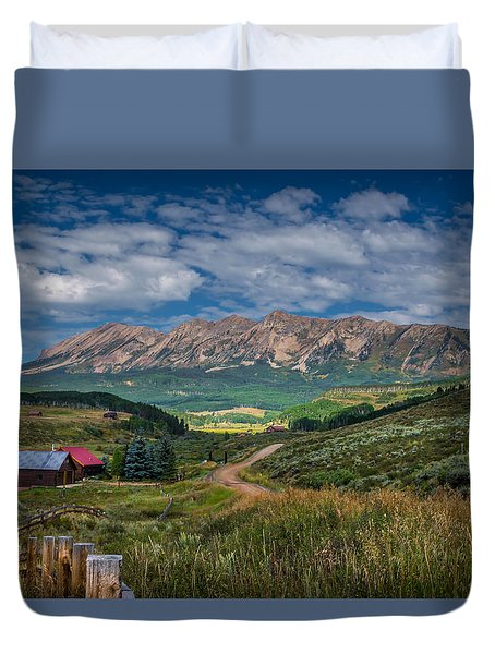 Heartland Of The Colorado Rockies Duvet Cover