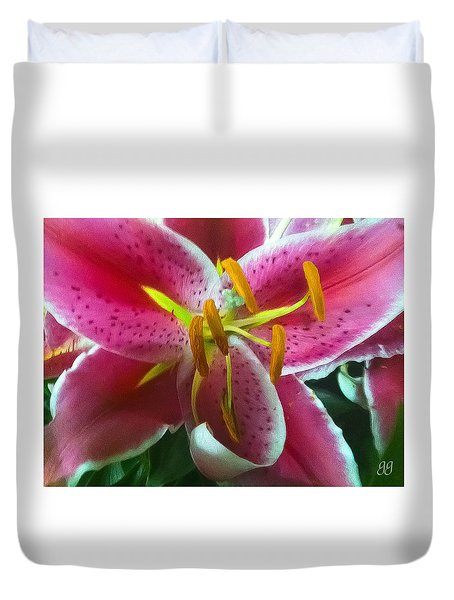 Duvet Cover featuring the photograph Heaven Scent by Geri Glavis