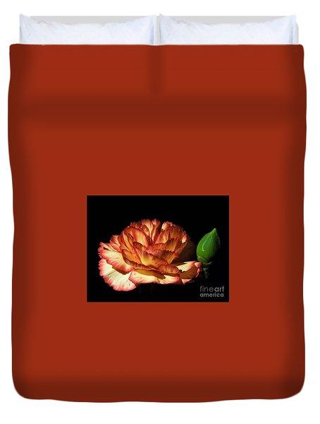 Heavenly Outlined Carnation Flower Duvet Cover
