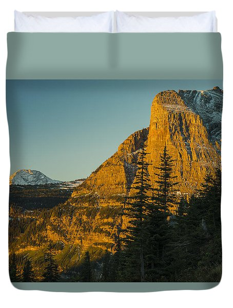 Duvet Cover featuring the photograph Heavy Runner Mountain by Gary Lengyel