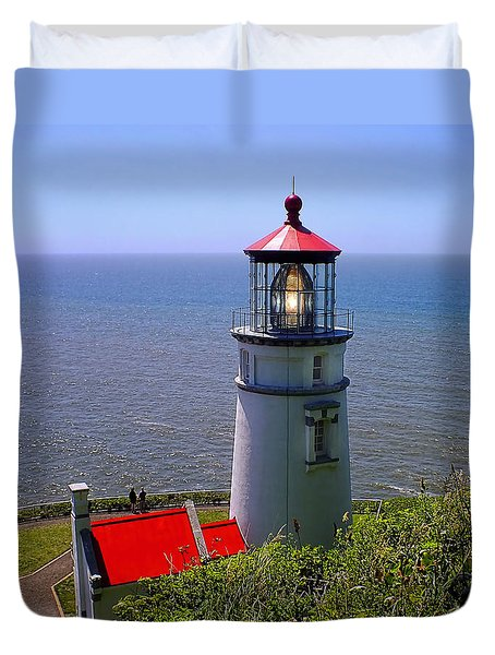 Duvet Cover featuring the photograph Heceta Head Lighthouse by Wendy McKennon