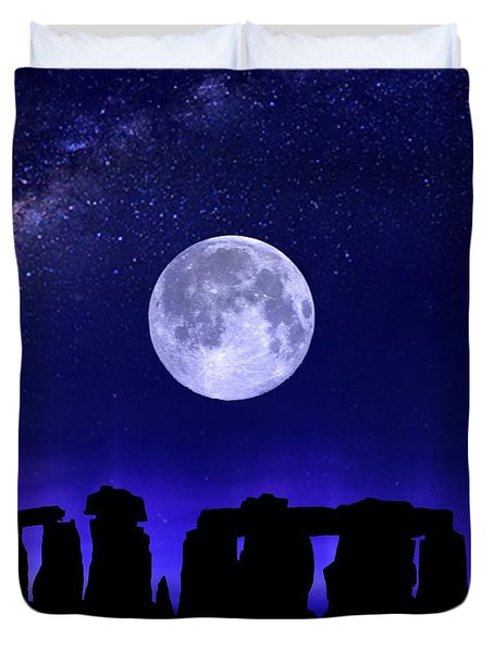 Henge Under The Supermoon Duvet Cover