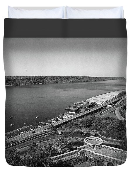 Henry Hudson Parkway, 1936 Duvet Cover by Cole Thompson