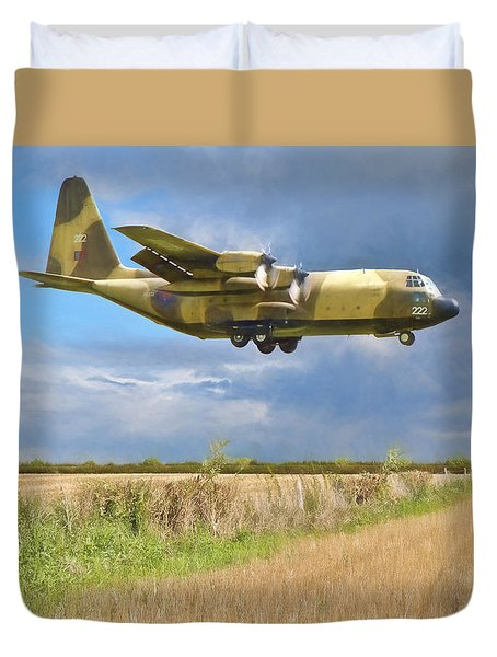 Duvet Cover featuring the photograph Hercules Xv222 by Paul Gulliver