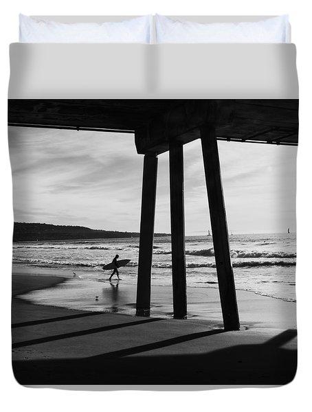Hermosa Surfer Under Pier Duvet Cover