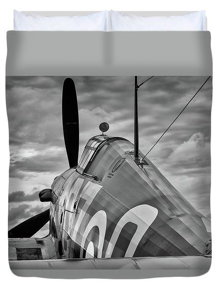 Hero Of Britain Duvet Cover