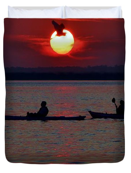 Heron And Kayakers Sunset Duvet Cover