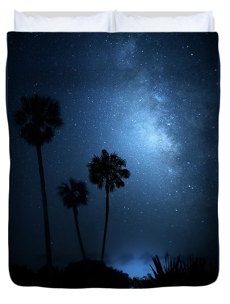 Duvet Cover featuring the photograph Hidden Worlds by Mark Andrew Thomas