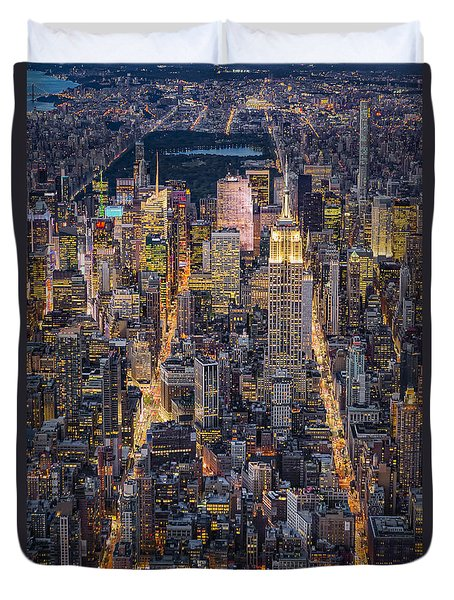 High On New York City Duvet Cover by Susan Candelario