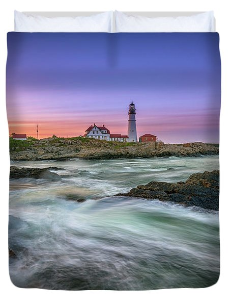 High Tide At Portland Head Lighthouse Duvet Cover