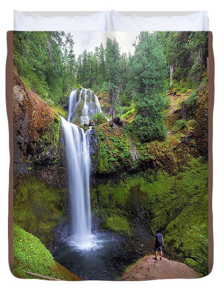 Hiking To Falls Creek Falls Duvet Cover by David Gn