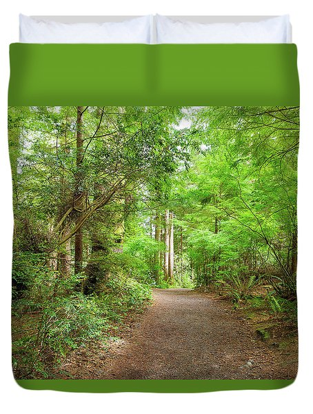 Hiking Trail Through Forest Along Lewis And Clark River Duvet Cover