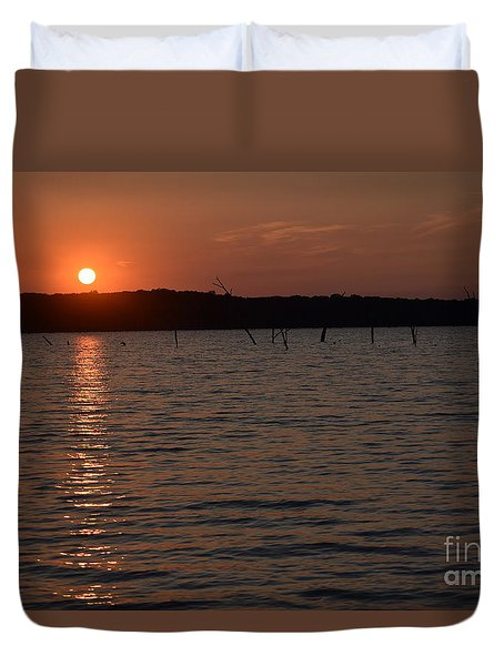 Duvet Cover featuring the photograph Hillsdale Lake Sunset by Mark McReynolds