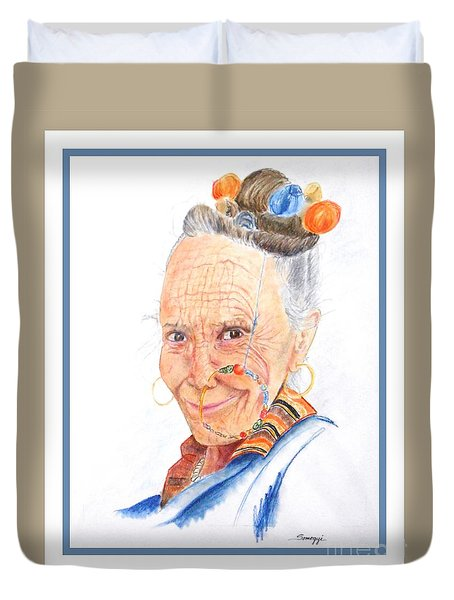 Himalayan Smile Lines -- Portrait Of Old Asian Woman Duvet Cover