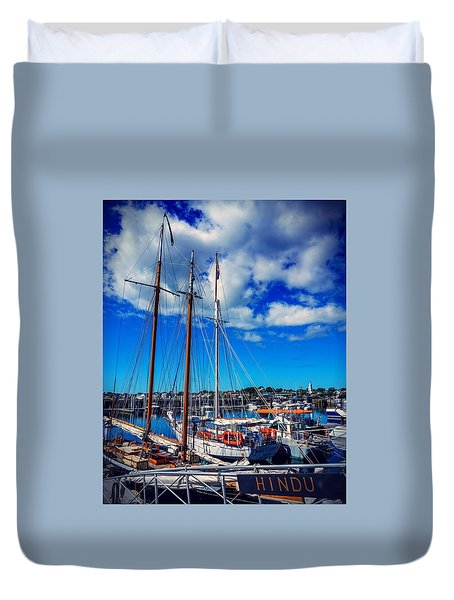 Duvet Cover featuring the photograph Hindu by Kendall McKernon