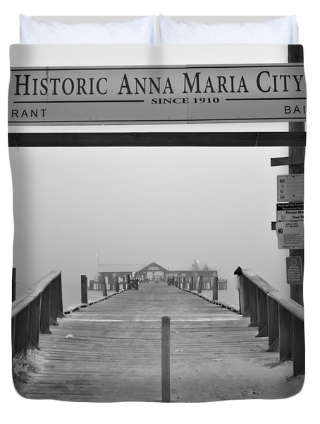 Historic Anna Maria City Pier In Fog Infrared 52 Duvet Cover