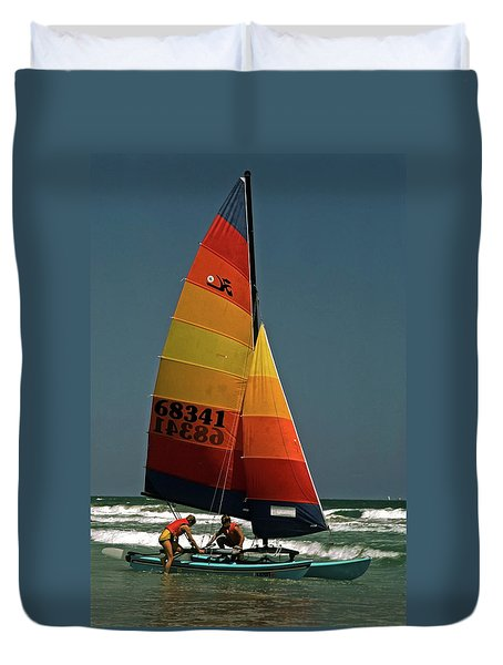 Hobie Cat In Surf Duvet Cover by Sally Weigand