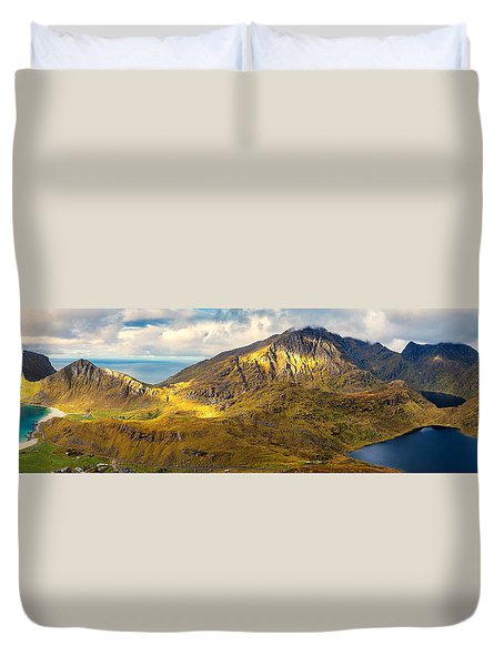 Duvet Cover featuring the photograph Holandsmelen North by James Billings
