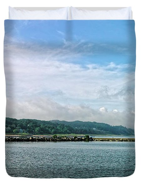 Duvet Cover featuring the photograph Holland Michigan by Lars Lentz