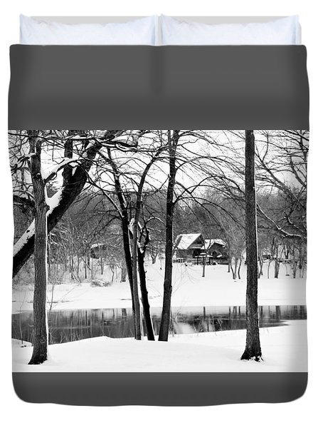 Home On The River Duvet Cover