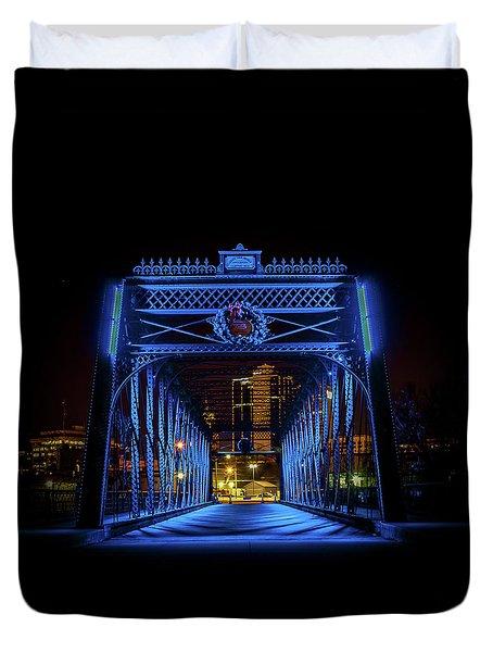 Homeless Winter Night On Wells Street Bridge - Fort Wayne Indiana Duvet Cover