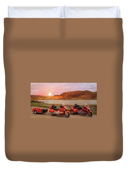 Duvet Cover featuring the photograph Honda Goldwing Bike Trike And Trailer by Patti Deters