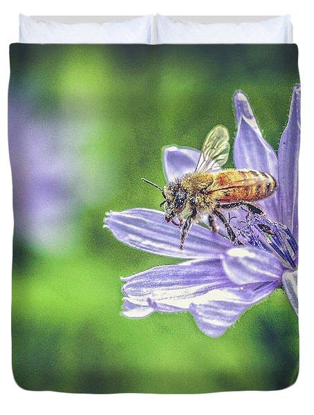 Honey Bee And Flower Duvet Cover