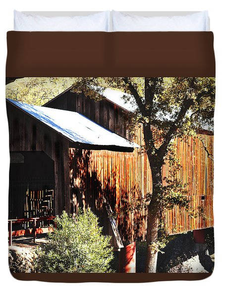 Duvet Cover featuring the photograph Honey Run Covered Bridge by Pamela Patch