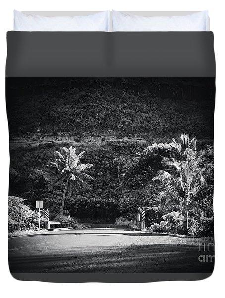 Duvet Cover featuring the photograph Honokohau Maui Hawaii by Sharon Mau
