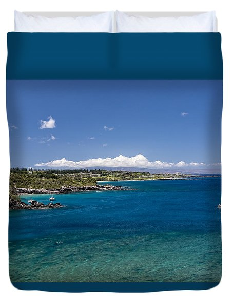 Duvet Cover featuring the photograph Honolua Bay by Jim Thompson